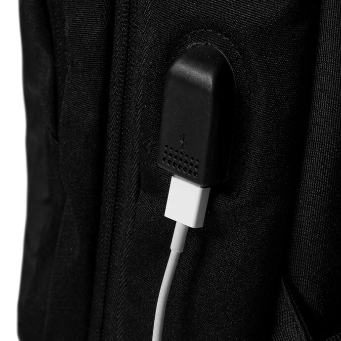 plecak z portem USB